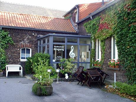 Alte Dorfschule Rumeln - Eingang zur Musikschule